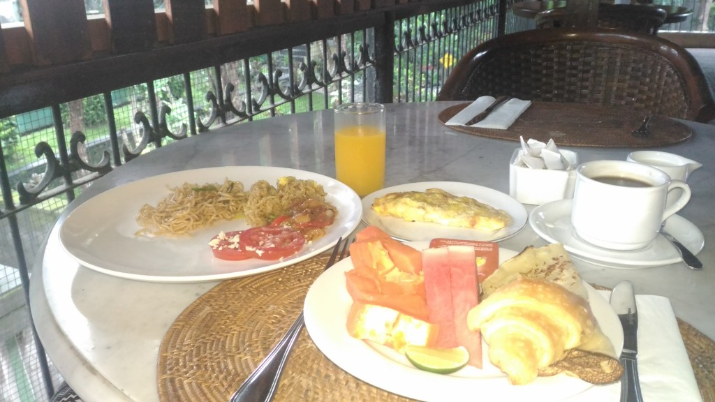 ウブドホテルの朝食ビュッフェ